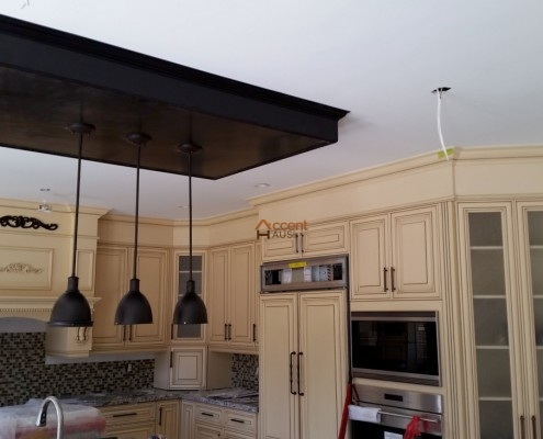 Tray ceiling for a classic kitchen