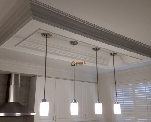 Tray patterned ceiling design